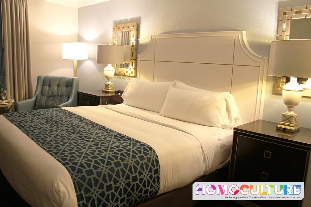 Royal Sonesta New Orleans guest room